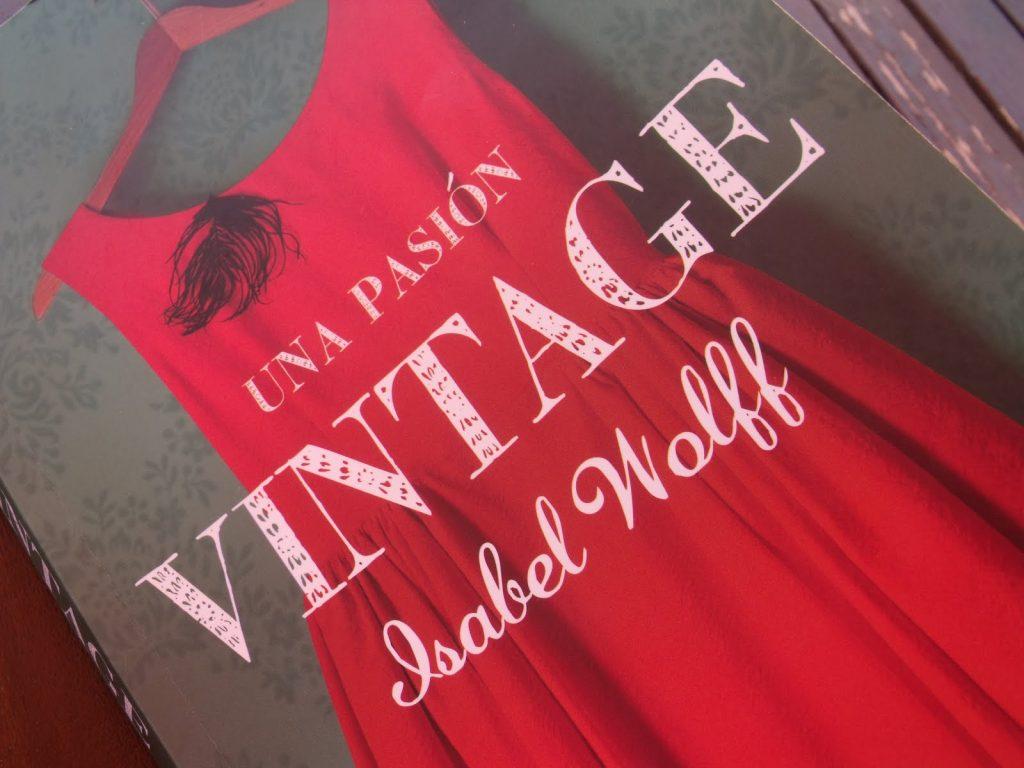 """""""Una Pasión Vintage"""" la magia de vestir una historia"""