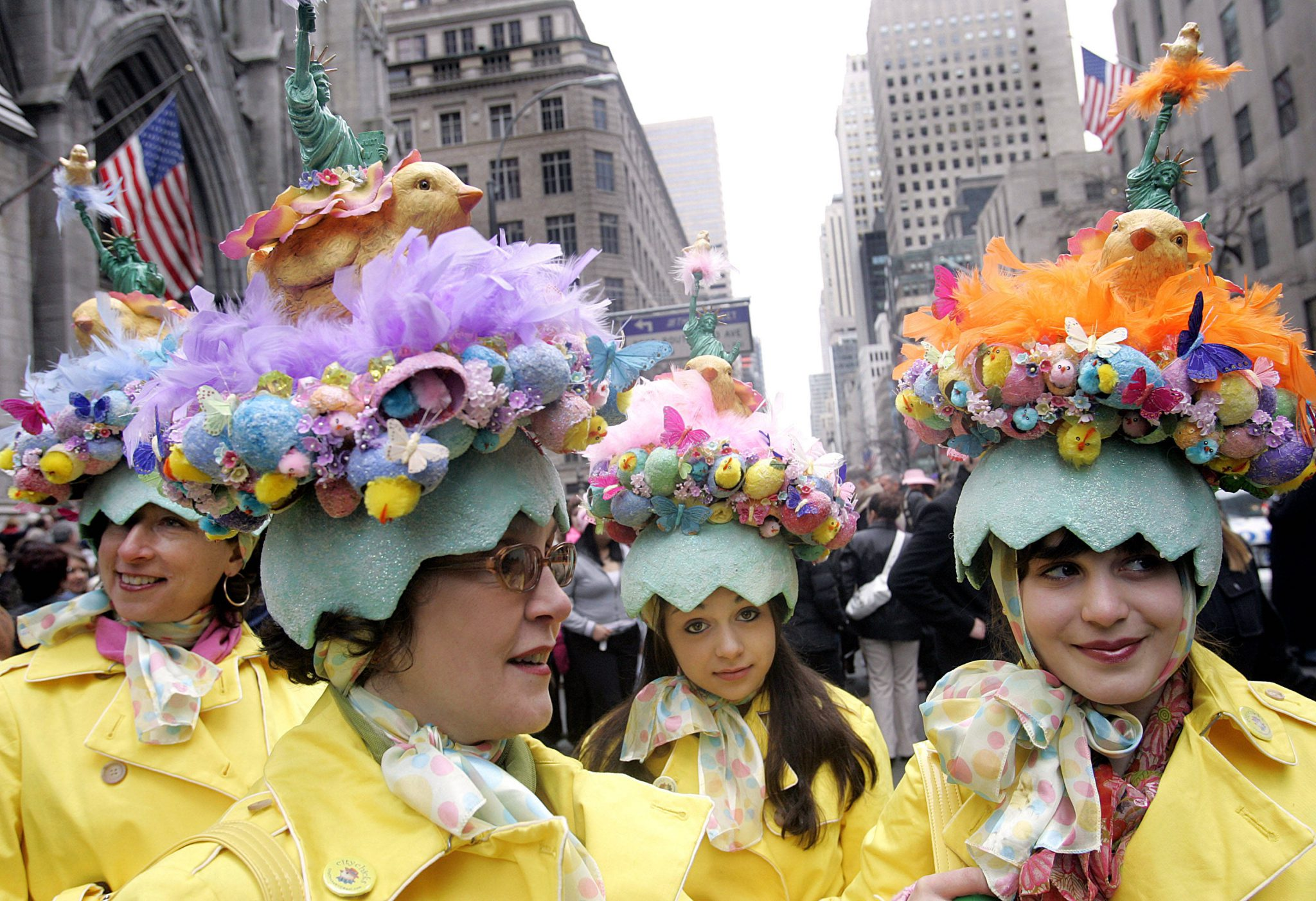 New Yorkers Show Off Their Finery At Annual Easter Parade: NEW YORK - MARCH 27:  A group of women known as