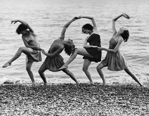 Margaret Morris y sus espectáculos de danza  al aire libre