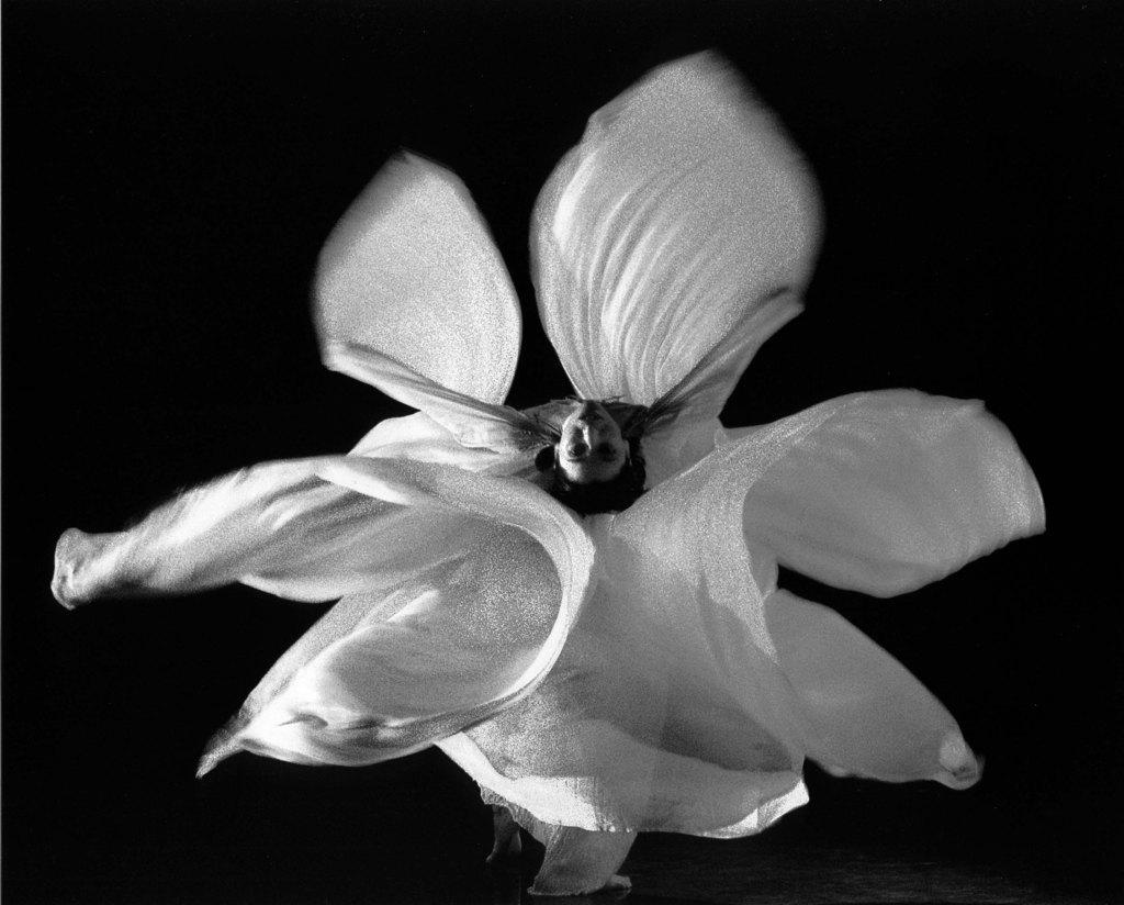 La revolucionaria Loïe Fuller y su danza art nouveau