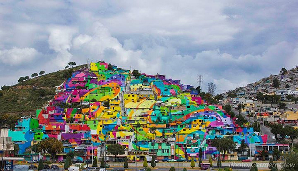 El poder del arte puede cambiar el mundo, pintura invade un barrio obrero de Pachuca, México