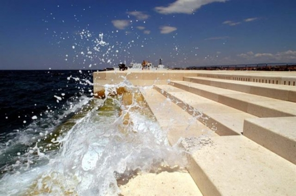 Increíble órgano que crea música a partir de las olas del mar y el viento