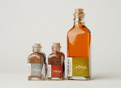 Etnia