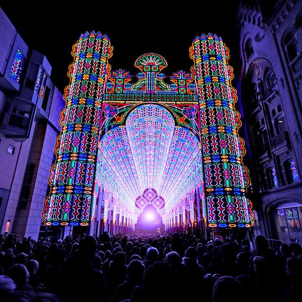 Una catedral iluminada con 55.000 luces LED