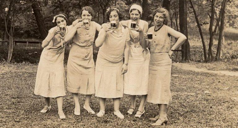 Las mujeres que toman Cerveza son más sanas.