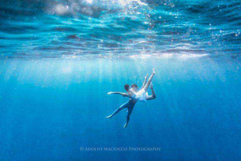 Bailarines bajo el agua, las poéticas Fotografías de Adolfo Maciocco