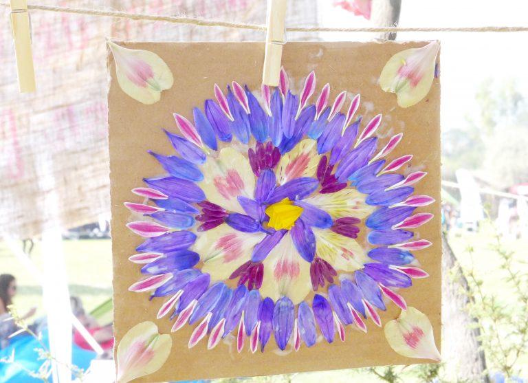 Taller de mandalas con flores Wanderlust 2017