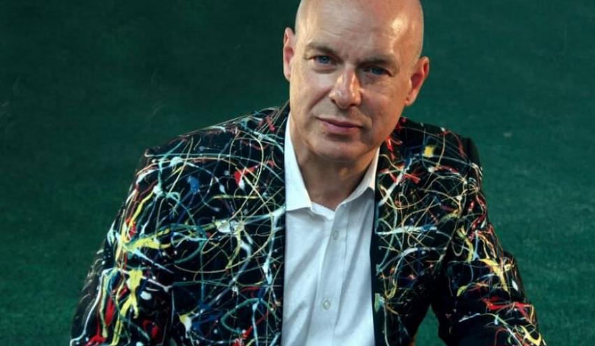 7 ideas sobre la inteligencia colectiva y el ingreso básico universal de Brian Eno