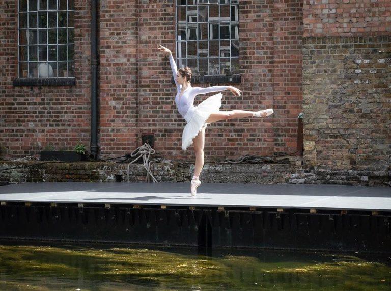"""""""DistDancing"""" Increíbles espectáculos de danza junto al canal  Regent´s en Londres"""