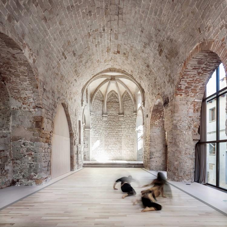 Iglesia de Santa Eulàlia en España es convertida en centro de artes escénicas